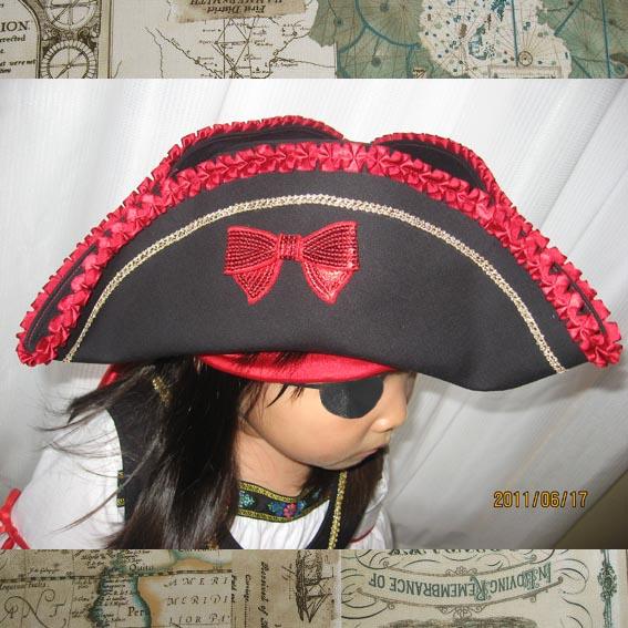 トリコーン女海賊・横